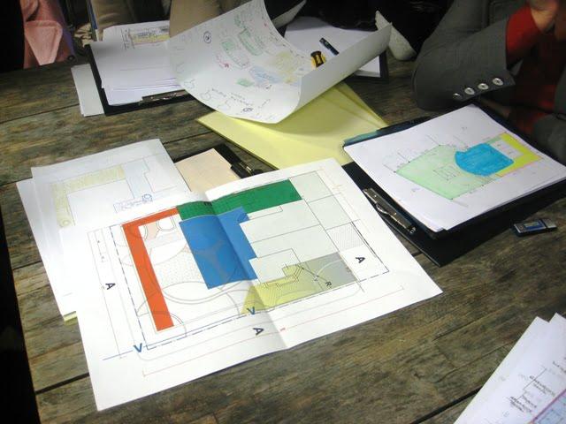 """Aplinkos tvarkymas prasideda nuo funkcinių zonų perskirstymo. Nuotrauka iš kursų """"Mano sodo dizainas"""", vykusių 2014 m. rugsėjį Kaune"""