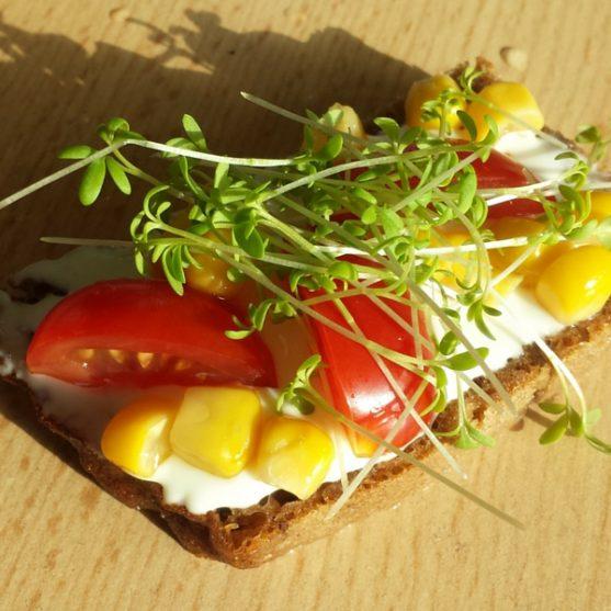 Sėjamoji pipirnė - puikus pikantiškas priedas sumuštiniui