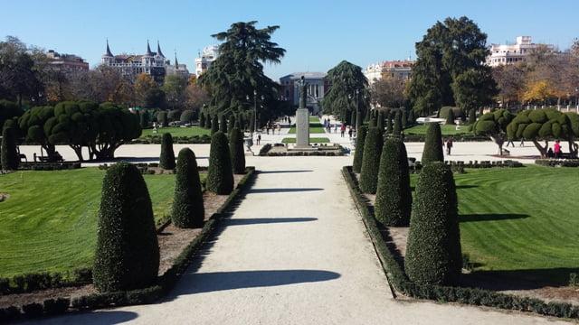 Anksčiau rūmų parkai buvo skirti tik pasivaikščiojimui. Madridas, nuotr. L.Liubertaitė