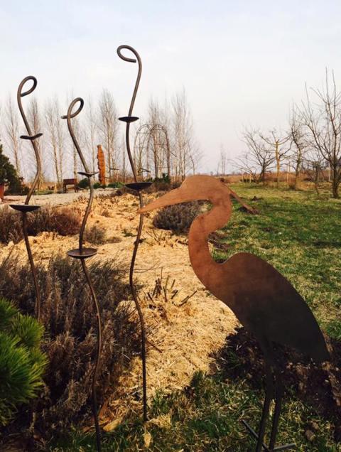 Atramos augalams iš rūdinto metalo