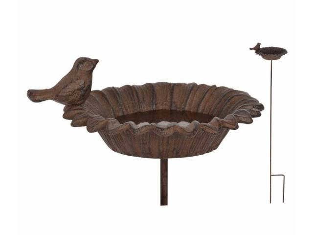 Įsmeigiama paukščių maudykla