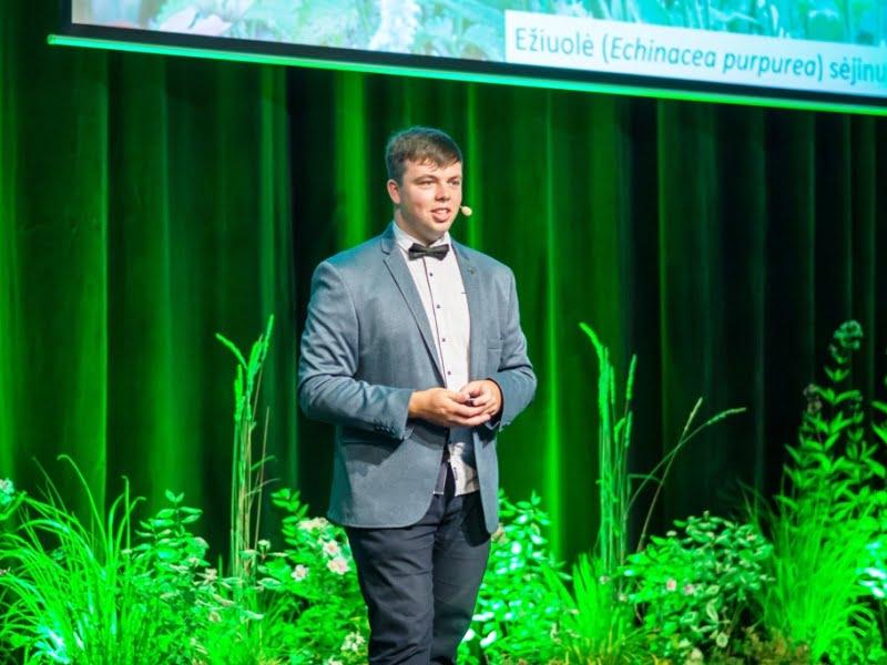 """Edvinas Misiukevičius konferencijoje """"Garden Style"""" kalbėjo apie selekcininkų išvestas augalų veisles."""