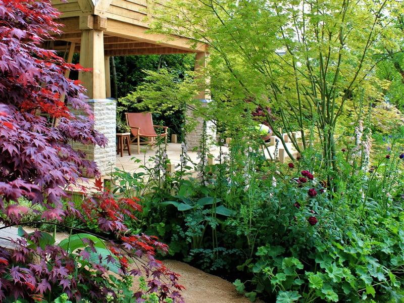 Stilingas sodo dizainas - tai ne tik grožis, bet ir patogumas. Nuotr. aut. R.Laurinavičienė