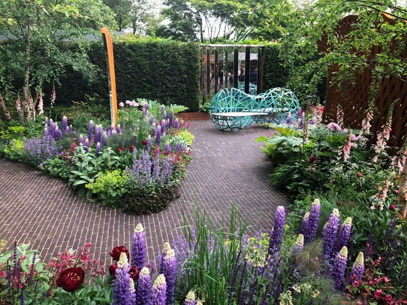 """Nic Howard sodas """"David Harber and Savills Garden"""". Nuotr. aut. M. Sliesoraitytė (Čelsio gėlių paroda 2018, Londonas)"""