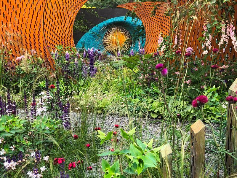 """Sodas, sukurtas Nic Howard - """"David Harber and Savills Garden"""". Nuotr. aut. M. Sliesoraitytė (Čelsio gėlių paroda 2018, Londonas)"""