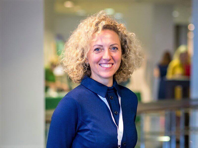 """Vaiva Marozienė – natūralistinių želdynų ekspertė ir """"Geltono karučio"""" kursų """"Natūralistinis gėlynas"""" lektorė. Nuotr. L. Liubertaitė"""